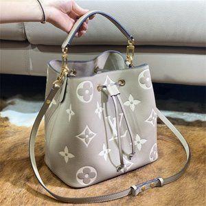 🇱🇻 Crossbody Bags tote M45555